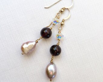 Garnet and Baroque Pearls Gold Earrings
