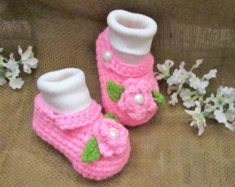 c9 3 to 6 Months Medium Pink Baby Girl Crochet Shoes , Christening Shoes,  Baby Girl Crocheted Booties