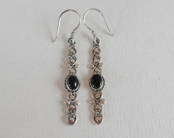 Elegant Balinese Silver black onyx dangle Earrings, handmade jewelry, silver earrings, stud earrings, Gift for women, Jewelry gift