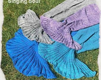 Adult size, Mermaid throw, Mermaid blanket, Mermaid tail, crochet mermaid blanket, Cocoon Blanket, Yarn, Knitted Mermaid Tail