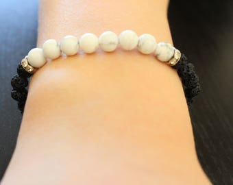 Bracelet beads howlite and lava beads
