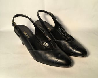East Fifth black leather sling back pumps with Cuban heel 1970s 10 M