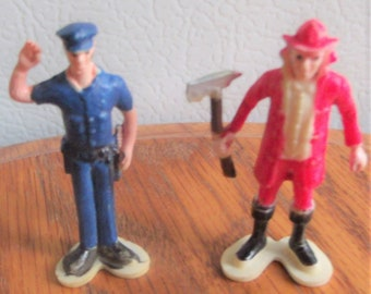 """NEW,Vintage,Micro Mini Fireman With axe,Policeman With Baton, Plastic,2"""",1980,1/24th,1/12th Scale Never Used, Store Stock, Perfect Condition"""