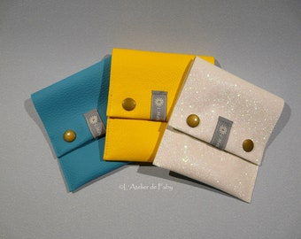 Pretty little pouch/wallet with faux leather