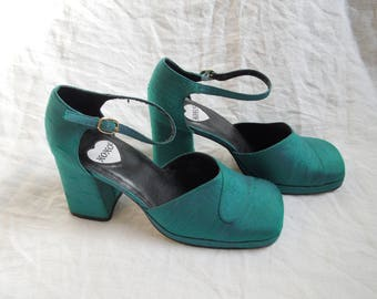 90s Blue Green Chunky Heel Square Toe Mary Janes