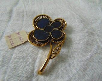 coro flower pin nwt mint navy blue enamel antiqued goldtone filigree vintage jewelry