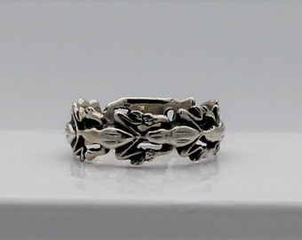 Silver Leap Frog Eternity Band