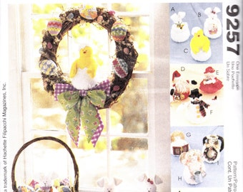 Dolls, Wreath, and Easter Basket Pattern - Easter, Christmas, and Halloween - McCalls 9257