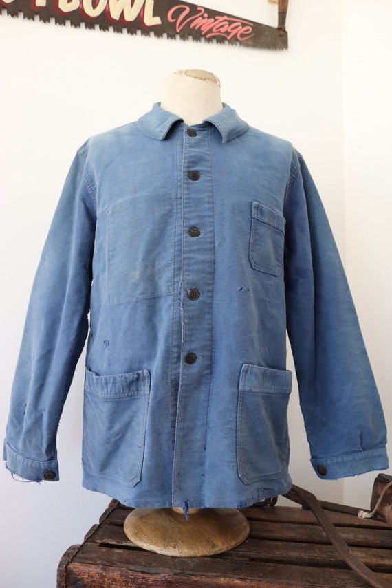 """Vintage 1960s 60s french bleu de travail blue moleskin chore work jacket workwear 46"""" chest sun faded darned repaired (8)"""