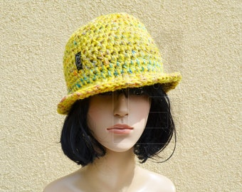 Crochet hat from hand-dyed wool and Noro yarn