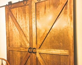 Sliding Barn Door handle (1) hardware from horseshoes. For rolling barn doors, dutch doors, interior doors -