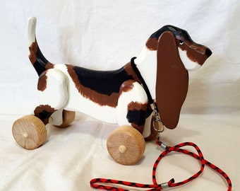 Large Wooden Basset Hound Rolling Toy with Optional Pull String for Toddler and Kids