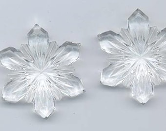 Two dazzling crystal clear vintage Swarovski intricate snowflake pendants - art 6743/3 - 28 mm - clear crystal