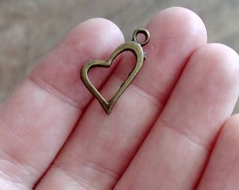 10 x Bronze heart charms