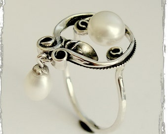 Sterling silver Ring,  dangle fresh water pearl ring, floral ring, pearls ring, botanical ring, flower ring, statement  - Make a wish R1707