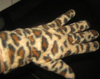 Leopard/Cheetah Soft and Warm Fleece Gloves