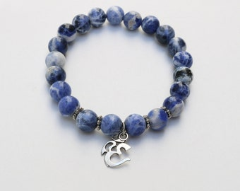 Bracelet ''Om'' /// Bracelet made with Sodalite stones