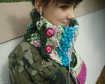 Bright Chunky Knit Pocket Cowl