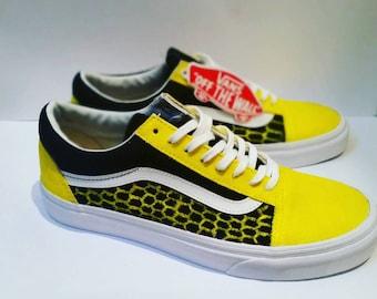 UK7/EU40.5/US8 Honeycomb Custom Hand-Painted Yellow and Black Bee Vans