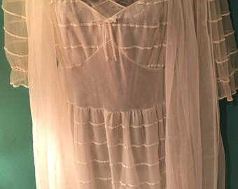 Vintage White Gown and Robe Set