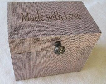 Recipe Box, Wooden Recipe Box, 4X6 or 5X7 Recipe Box, Burlap Recipe Box , Personalized, Shower Gift