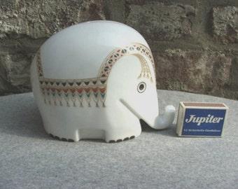 greetings from India 70s Luigi Colani classic white porcelain Drumbo elephant moneybox + key
