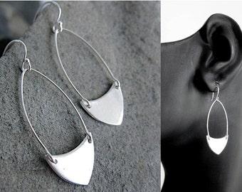 Arrowhead Oblong Earring