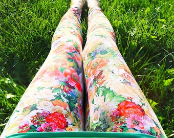 Yoga Pants - Yoga Leggings - Om (Aum) Sign Leggings Hand Painted