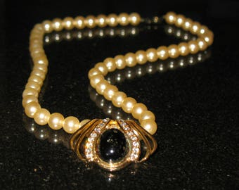 Art Deco Black Cabochon and Rhinestone Pearl Necklace 19 inch