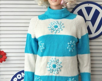 Vintage 60s Womens GoGo Mod Sweater Blouse Shirt Top Bright Blue & White Flower Appliques Wool Charles and Co Hong Kong Medium as is Costume