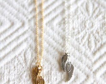 Kleine Engelsflügel Halskette - Sterling Silber oder Gold gefüllt