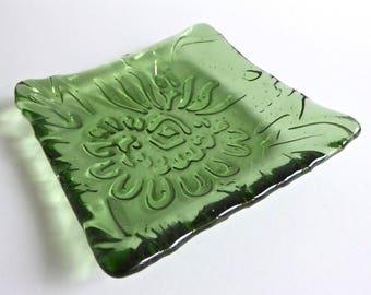 Leaf Green Fused Glass Chrysanthemum Plate by BPRDesigns