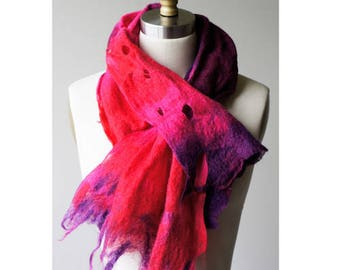 Artfelt Fringed Cowl Kit - Needlefelting Kit - Hot to Trot