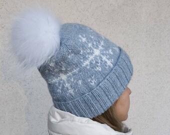 Slouchy beanie Hand knitted beanie Knit beanie Winter knit hat Winter knit slouchy hat Chunky slouchy hat Slouchy beanie Wool alpaca pompon