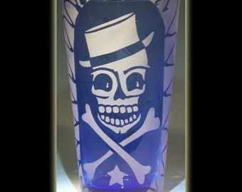 Pirate Skull n Crossbones Sandblasted Pint Beer Glass