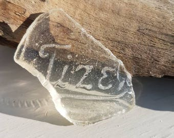 TIZER SEAGLASS SHARD ~ Vintage Sea Glass Piece ~ Embossed Writing Words Thames Mudlarking Finds