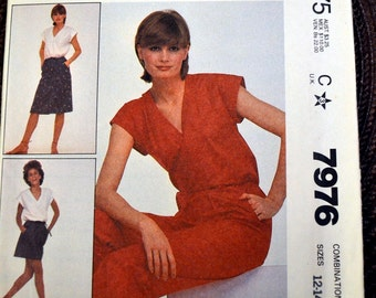 Vintage 80's Sewing Pattern McCall's 7976  Misses Top, Skirt, and Pants  Size 12-16 Bust 34-38 inches Complete Uncut FF