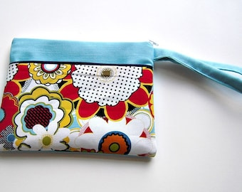 Blue Red and White Wristlet in Linen and Retro Floral Cotton
