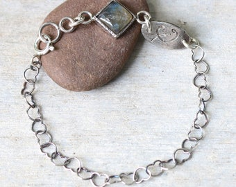 Bracelet,Square cabochon labradorite in silver bezel setting and oxidized sterling silver in heart shape design chain(FBA)