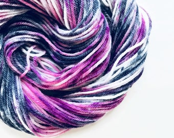 BLACK ORCHID CREAM hand dyed yarn speckle. choose your base from fingering, sock, dk, or bulky yarn. white black pink yarn speckle yarn