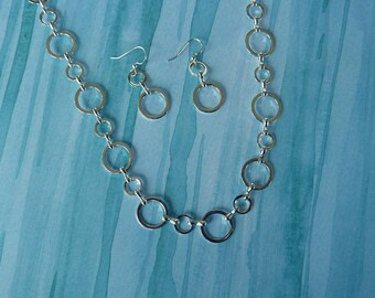 26 inch Silver Circles Necklace,  with Coordinating Earrings