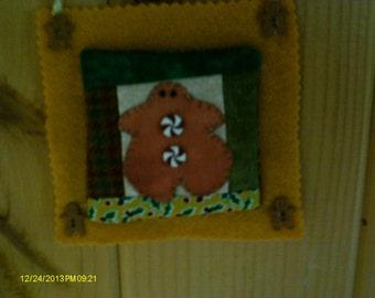 Small Gingerbreadman Wall Hanging