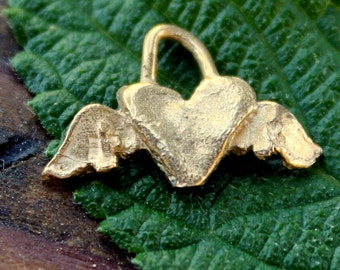 Winged Heart Gold Plated Charm 002/CH440G