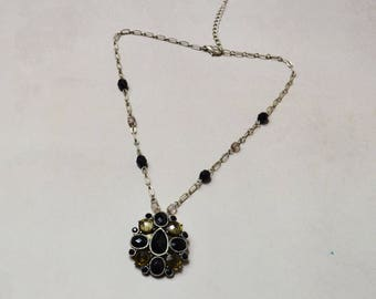 Silver plated Vintage Locket with Pendant necklace