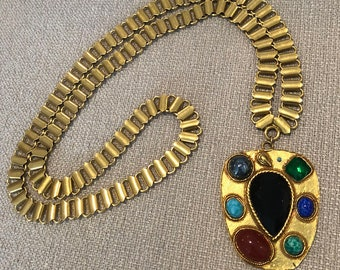 Vintage Accessocraft Gold Tone Signed Necklace