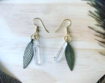 Falling Leaf Quartz Earrings - Gold