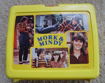 Paramount Pictures Mork and Mindy Plastic Lunch Box 1978 , Vintage Lunch Box
