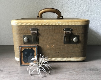 Vintage 1940s Train Case, Vintage Tweed Train Case, Overnight Case, Vintage Luggage