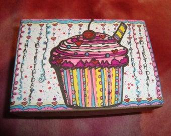 BIRTHDAY Gift Box and Key Chain, Cupcake, Hand Painted