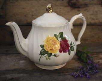 Vintage, Sadler Teapot, Floral Teapot, Collectible TeaPot, Vintage China, China Teapot, Valentine's Day Gift, Bridesmaid Gift, England